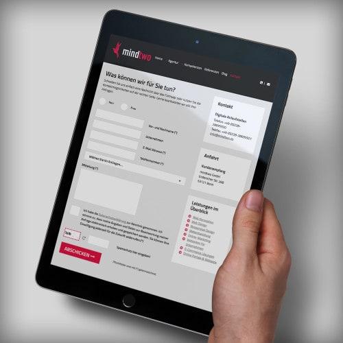Website Formular auf dem iPad
